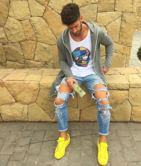 phoi-ao-thun-voi-quan-jeans-nam-pha-cach