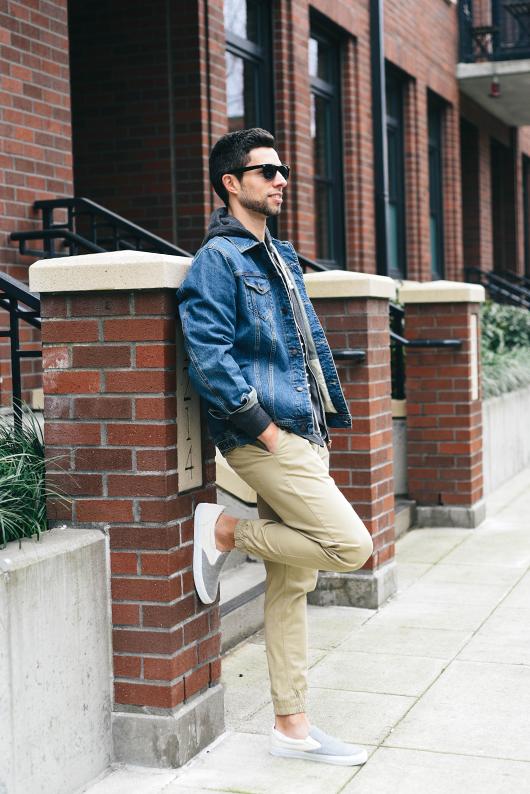 """Mặc đẹp áo khoác jeans nam: Phối sao cho """"chuẩn""""?"""