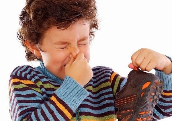 6 cách khử mùi hôi giày nhanh chóng và hiệu quả tức thì