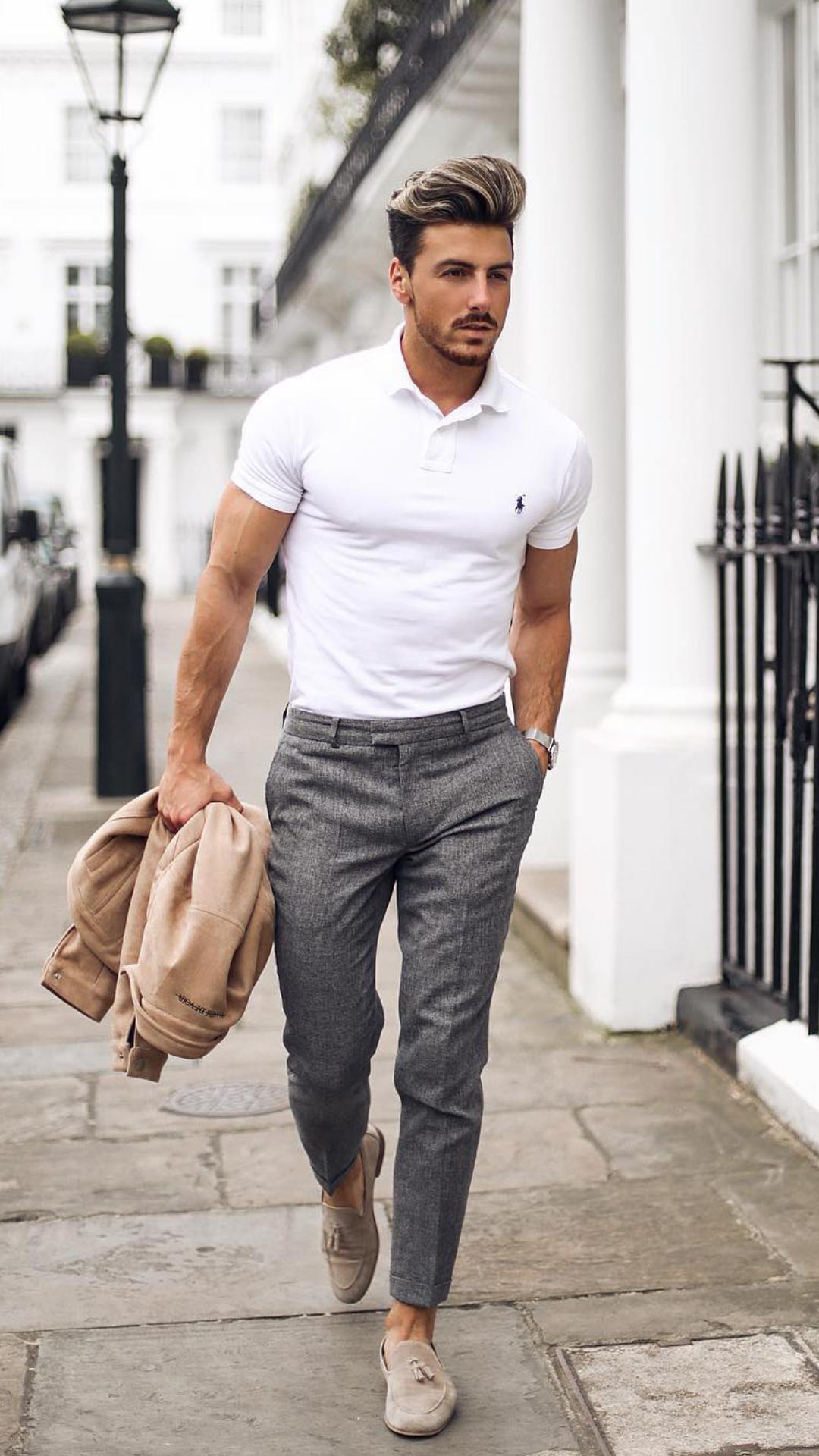 Chàng cũng có thể chọn cho mình chiếc áo thun Polo nam năng động mà không kém phần lịch lãm để mặc đi làm hay đi hẹn hò.
