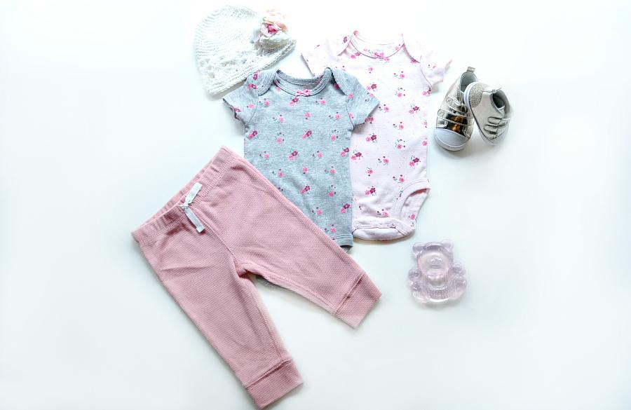 Quần áo trẻ sơ sinh: 5 loại trang phục bố mẹ nhất định phải mua cho bé yêu