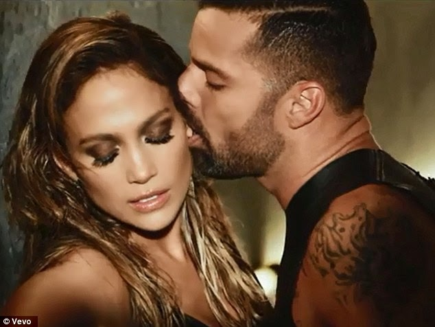 20 kiểu hôn kích thích nhất và ý nghĩa của nó