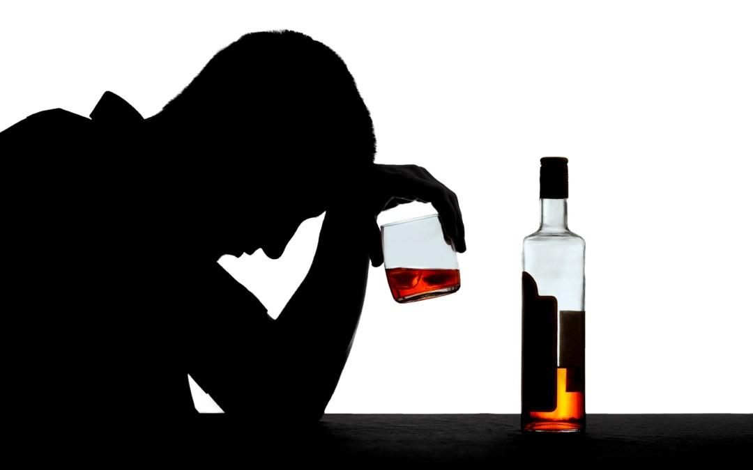 Uống rượu bia bị đau đầu: Từ nguyên nhân đến giải pháp