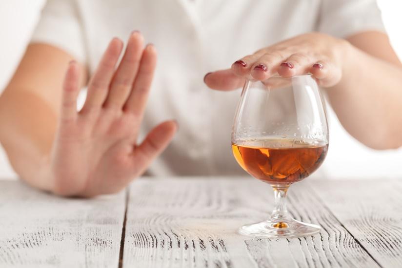 Uống rượu bia bị nhức (đau) đầu