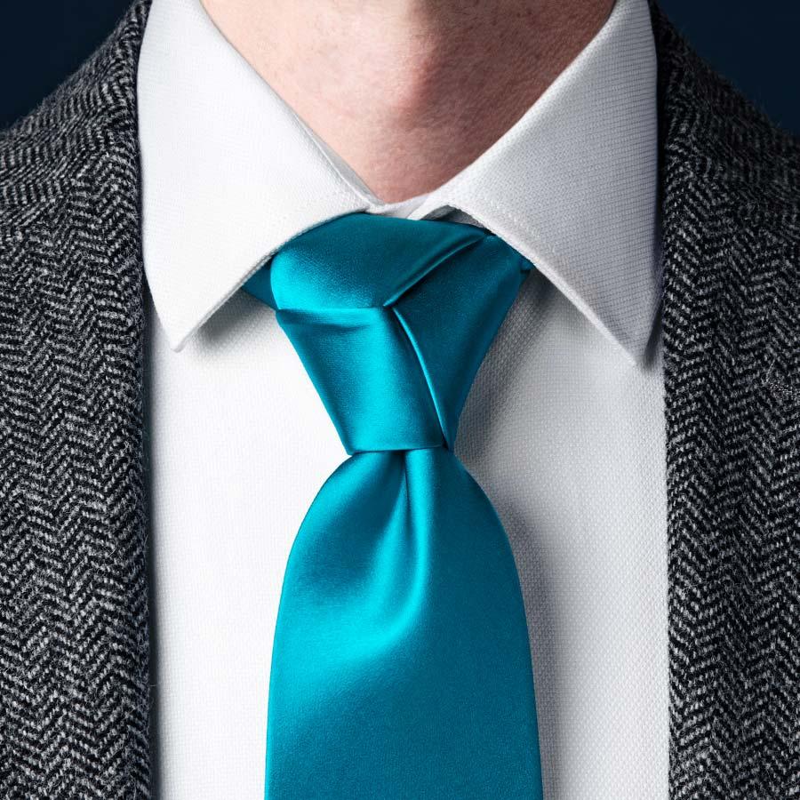 Cách thắt cà vạt kiểu Trinity
