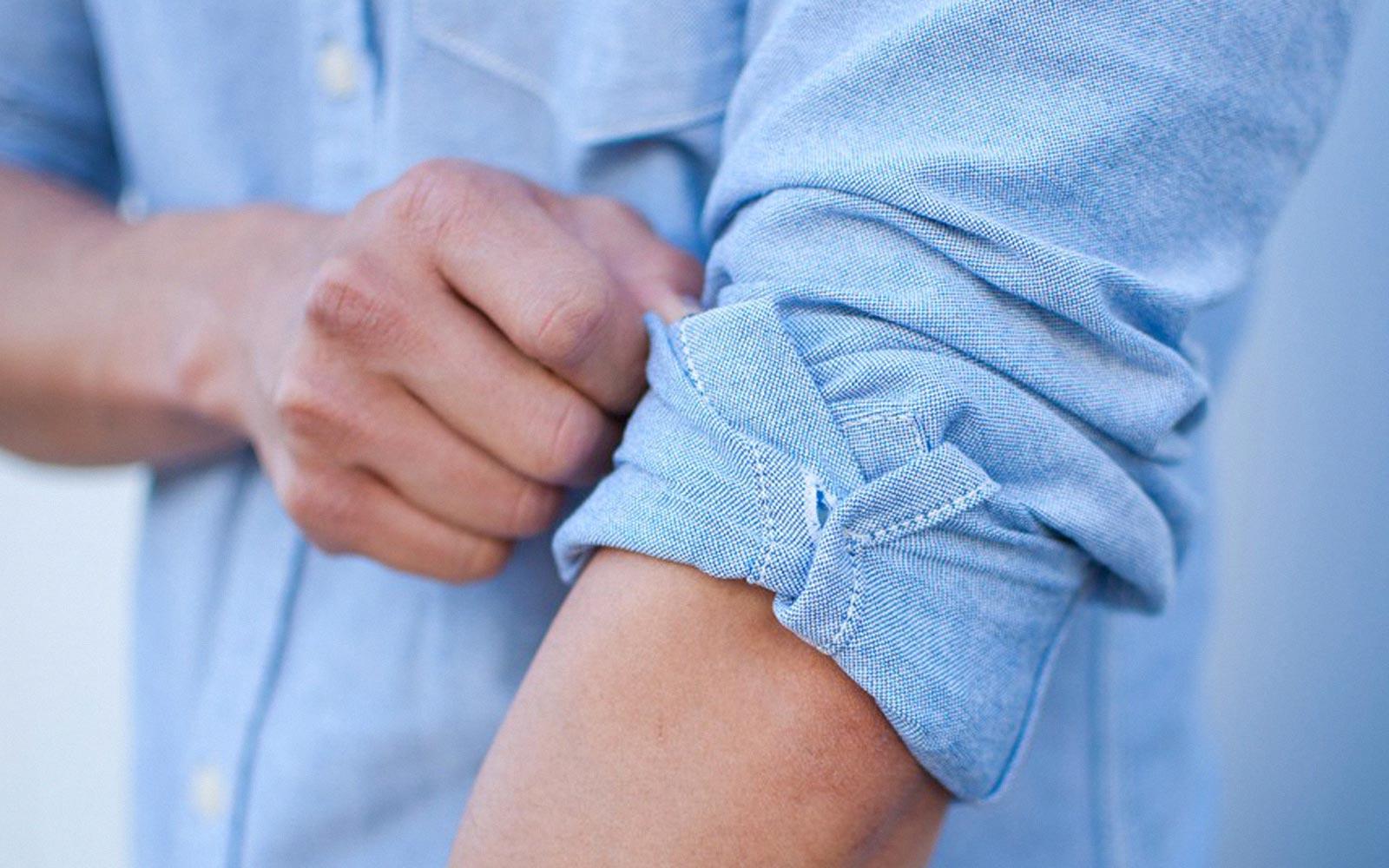 5 cách xắn tay áo sơ mi đẹp đến nao lòng cho nam và nữ