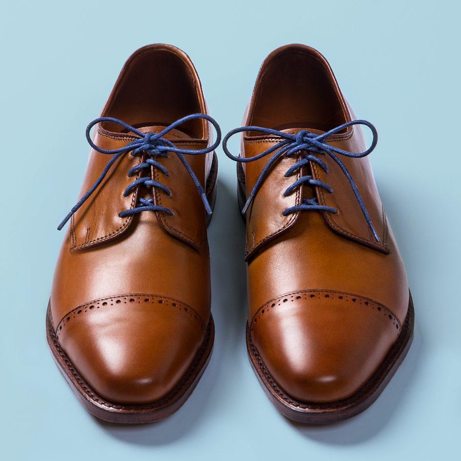 cách buộc dây giày tây